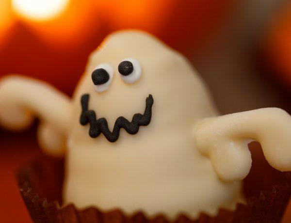 Fantasmas en maceta. Receta de Halloween