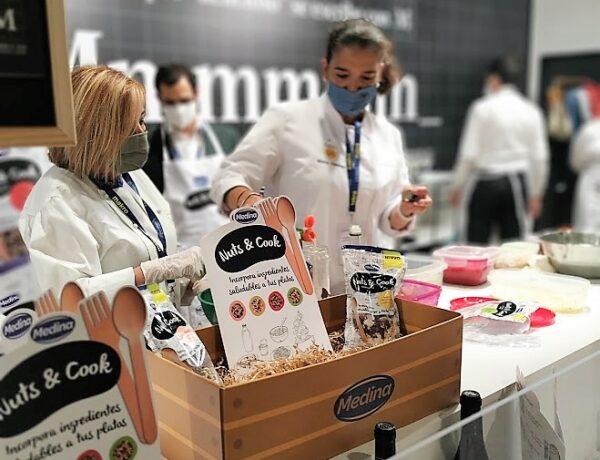 Aperitivos Medina, chef ayudante, con Nuts & Cook